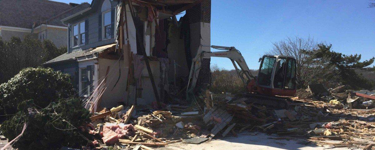 house demolition3