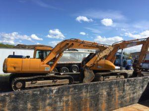 2 excavators