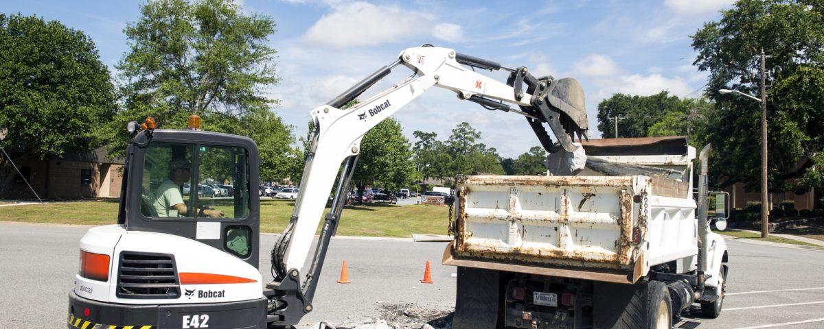 bobcat loading truck